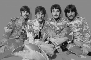 the-beatles-sgt-peppers-lonely-hearts-club-band-grey