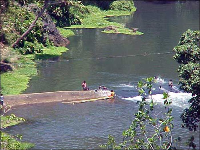 NewG-swimming-hole-in-Laloki-varira.jpg