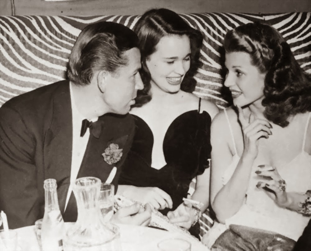 3905-Bruce-Cabot-with-Rita-Hayworth-and-Gloria-Vanderbilt.jpg