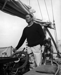 Errol-Flynn-sailing-with-a-non-human-companion