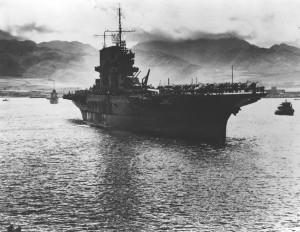 USS_Saratoga_(CV-3)_at_Pearl_Harbor_June_1942