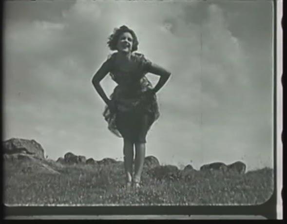 Lili-Damita-Red-Heels-1925-energy-3.jpg