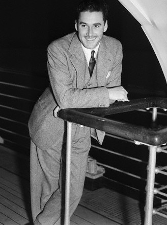 Flynn Queen Mary 1937
