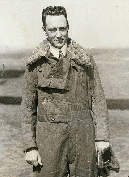 436px-Richard_Byrd_in_flight_jacket_1920s_exbt-iceberg-47.jpg