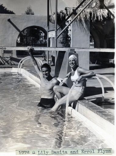 Errol-and-Lili-in-Palm-Springs-1938.jpg